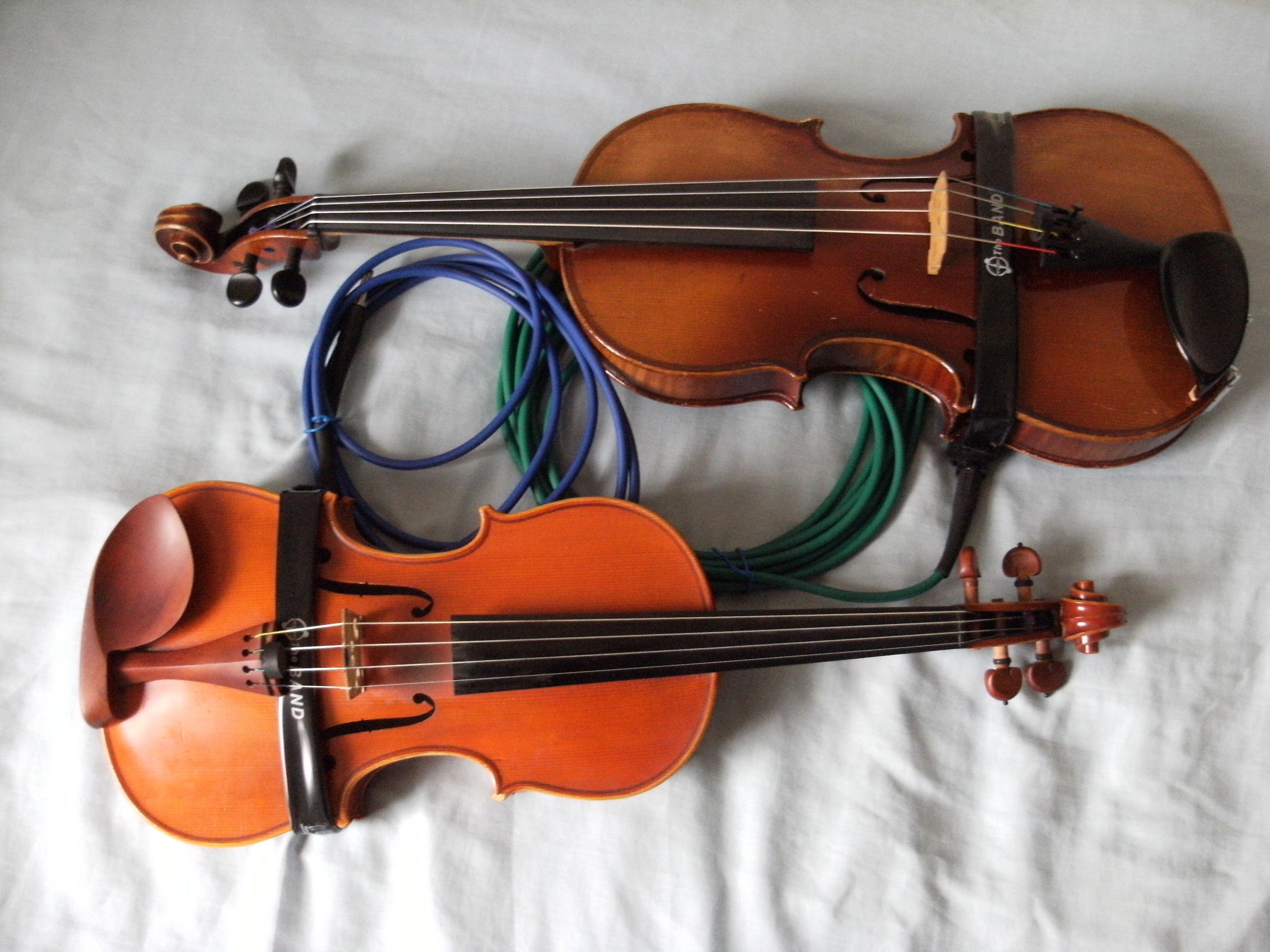 Martin Ash's violin and viola pickups, on the instruments